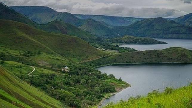 Lake Toba, North Sumatra. (shutterstock.com)