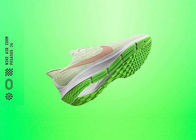 Pegasus 36整體線條更纖巧更富流線美感,女裝螢光綠 x 白色款式外形夠晒清新。(互聯網)