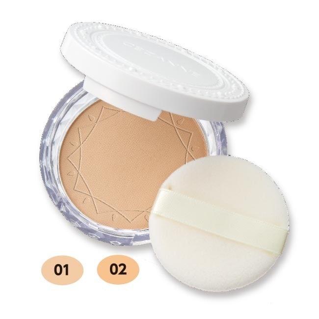 無防腐劑 SPF28 PA+++ 保護肌膚、避免日常紫外線傷害 Point 1 : 清透妝感 透明的微粒子粉末帶來光澤透亮的妝感,能吸取肌膚過剩皮脂,修飾毛孔,維持肌膚從早到晚不間斷的淨透明亮。 Po
