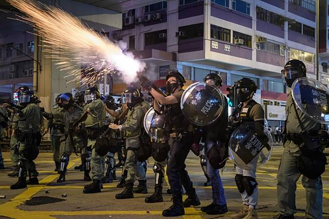 Hong Kong protest violence being fanned by foreign forces, China's Wang Yi claims