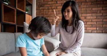 你有沒有無意間刺痛孩子的心?這六句話千萬別說!