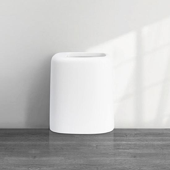多功能創意造型,內桶可放置捲式垃圾袋,方便換取,輕鬆收垃圾,時尚有型。