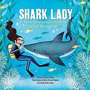 【麥克書店】SHARK LADY/ 英文繪本《主題:動物》