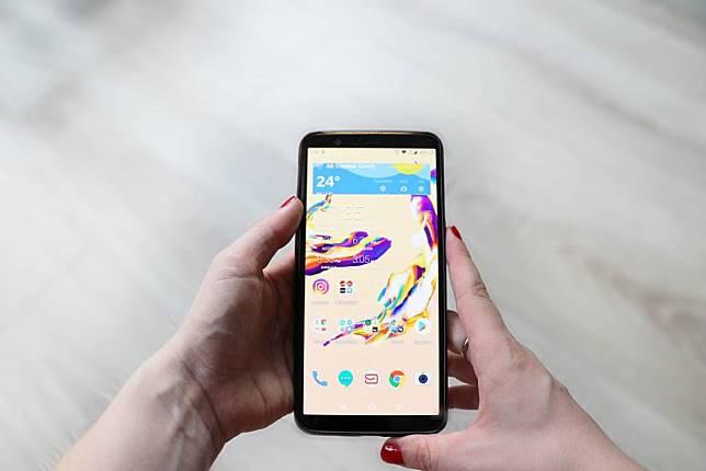 爆炸性發展!明年5G手機出貨大幅成長20倍 2024有望突破7.5億支