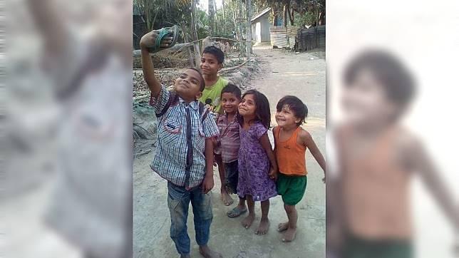 博曼伊蘭尼貼出印度小孩的照片也惹哭不少網友。(圖/翻攝自 博曼伊蘭尼 IG)