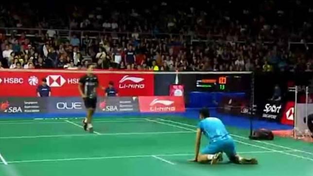 Dahsyat, Juara Bertahan Singapore Open Tumbang Dihajar Anthony Ginting