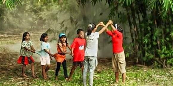 Nostalgia Mainan Tradisional Indonesia Yang Sudah Jarang Di Mainkan Famous Id Line Today