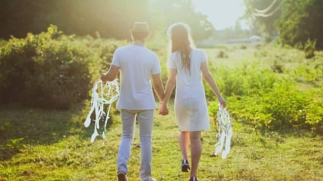 Jangan Pernah Menunda, Ini Cara Terbaik Minta Maaf pada Pasangan