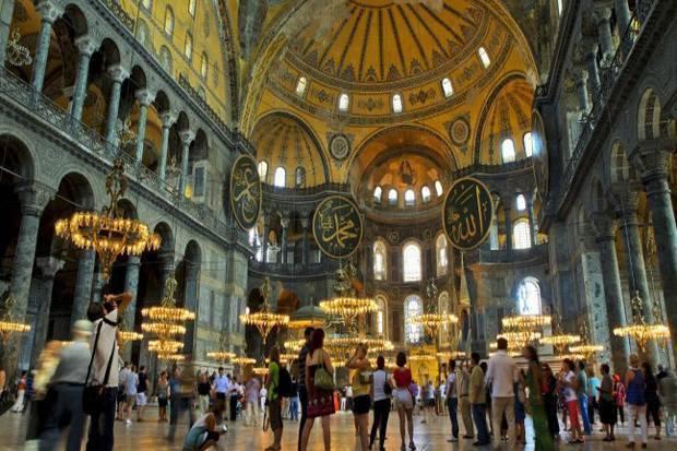 5 Destinasi yang Wajib Dikunjungi Saat di Turki