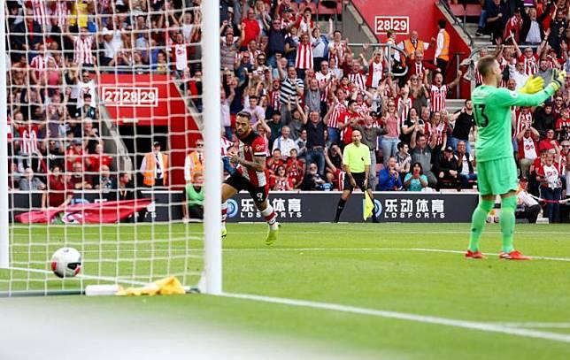 Adrian Blunder, Klopp: Normal Kiper Liverpool Lakukan Kesalahan