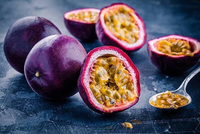 5 ผลไม้ที่มีวิตามินซีสูง ช่วยป้องกันโรคกระเพาะปัสสาวะอักเสบ