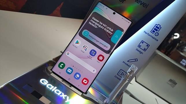 Samsung Galaxy Note 10 dan Galaxy Note 10 Plus diluncurkan di Jakarta, Rabu (21/8/2019). [Suara.com/Tivan Rahmat]
