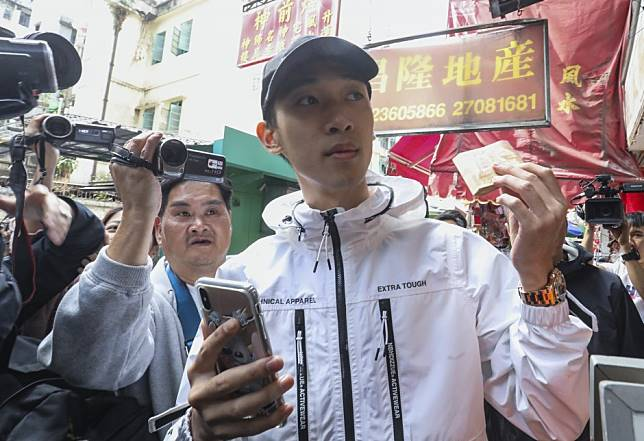 'Coin Young Master' fan gets 12 months' probation for mimicking hero's cash giveaway stunt