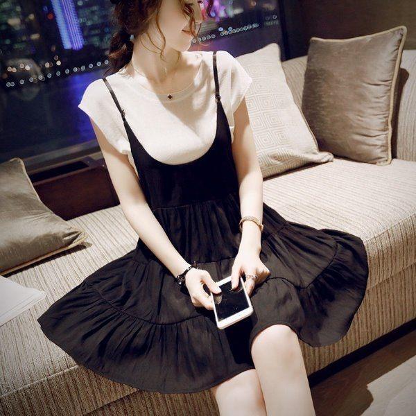 漂亮小媽咪 短袖十吊帶裙 【D16063JA】 韓版顯瘦 吊帶裙孕婦連衣裙兩件式短袖棉T恤上衣背帶裙孕