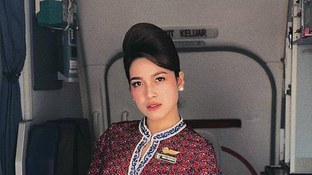Pramugari Cantik Indonesia. (instagram.com/yantipalinggi) Featured with permission.