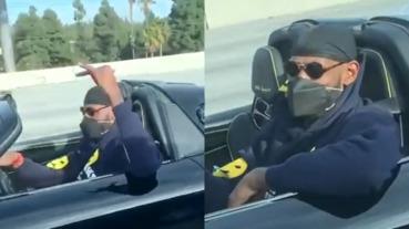 太拉風!詹皇駕駛 4 千萬保時捷暢遊洛杉磯,在高速公路上興奮「比 6」和粉絲打招呼