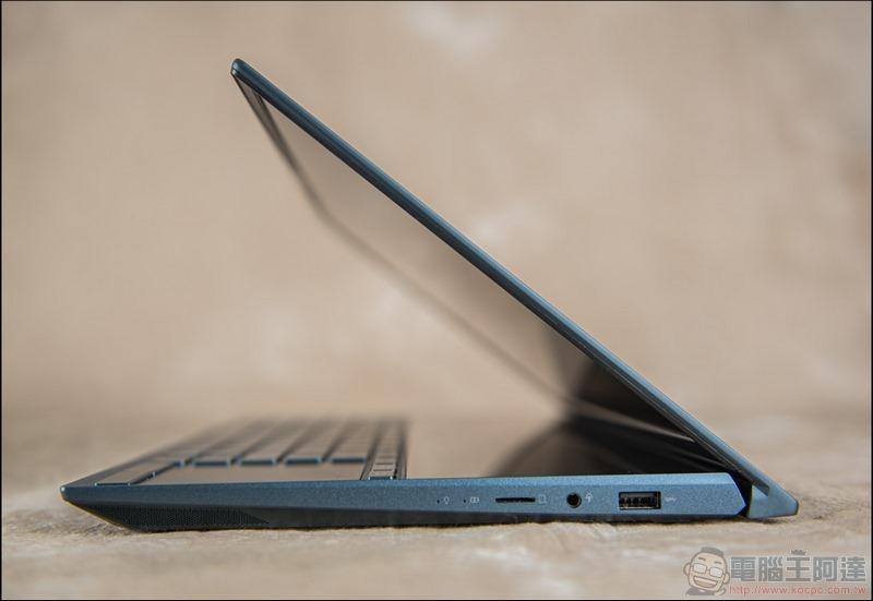 ASUS ZenBook Duo UX481 開箱 - 14