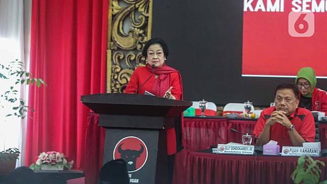 Megawati Berbelasungkawa Atas Wafatnya Ibunda Jokowi