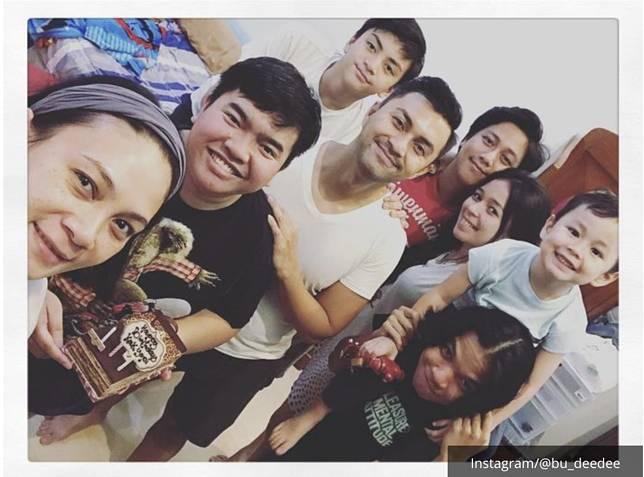Keluarga Anjasmara dan Dian Nitami.