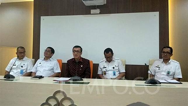 Menteri Hukum dan Hak Asasi Manusia Yasonna Laoly (tengah) saat konferensi pers di kantornya, Kuningan, Jakarta Selatan, Rabu, 22 Januari 2020. TEMPO/Lani Diana