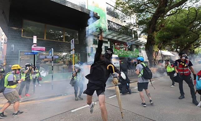 Hong Kong protests: police release man after complaint filed to court alleging officers would not say who arrested him or why