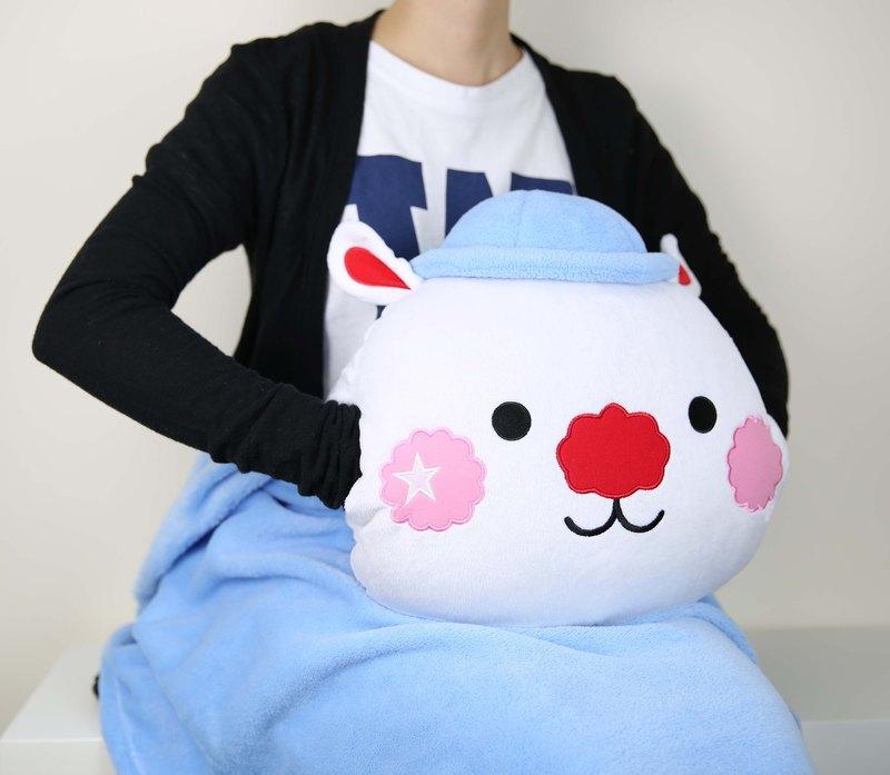 2015年尾推出之此款星星兔暖手cushion毛毯就連香港及亞洲知名的天后Kelly陳慧琳都喜愛,星星兔希望把毛毯和cushion合拼,慳位又易於攜帶,無論於冷氣地方或寒冬都能360度warm住大家。