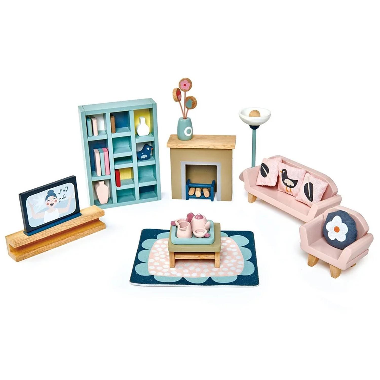 內含豐富的起居室配件,有:電視、書架、沙發等,還有精緻的茶杯組。主題明確,強化生活認知,學習使用起居室用品。可隨心移動小飾品,依照自己的意念,設立故事情境;內含豐富的起居室配件,有:電視、書架、沙發等