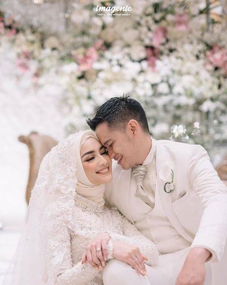 8 Momen Romantis Citra Kirana Dan Rezky Aditya Peluk Cium Mesra Usai Resmi Nikah