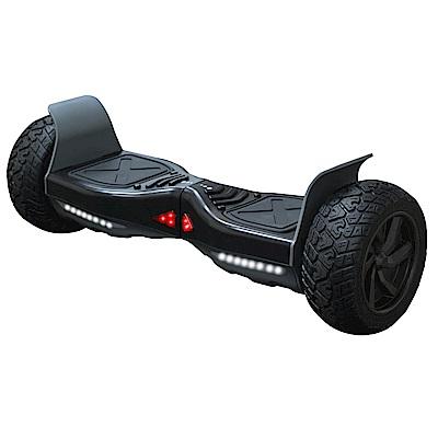 金屬軸承負重高達120kg配備9吋越野胎、防滑踏板感應式LED轉向燈、行車燈啟動即自動智慧平衡,支援25度爬坡可APP調整進行速度、敏銳度、動力輸出等設定隱藏式充電孔配備專用充電線