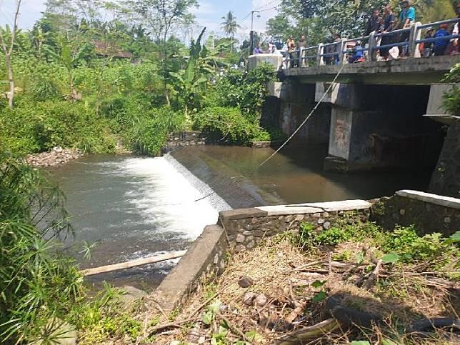 Sungai Sempor, Donokerto Turi Sleman tempat tragedi susur sungai yang menewaskan sejumlah siswa SMPN 1 Turi pada Jumat sore, 21 Februari 2020. Tempo/Pribadi Wicaksono