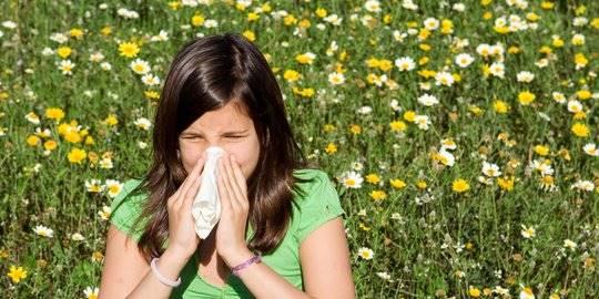 Musim Kemarau Tiba, Berikut Cara Atasi Alergi Debu yang Mungkin Kamu Alami