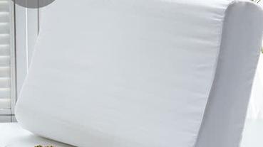 新買的枕頭要洗嗎?乳膠枕頭、聚脂纖維枕頭清洗Q&A+可水洗枕頭推薦