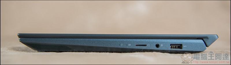 ASUS ZenBook Duo UX481 開箱 - 12