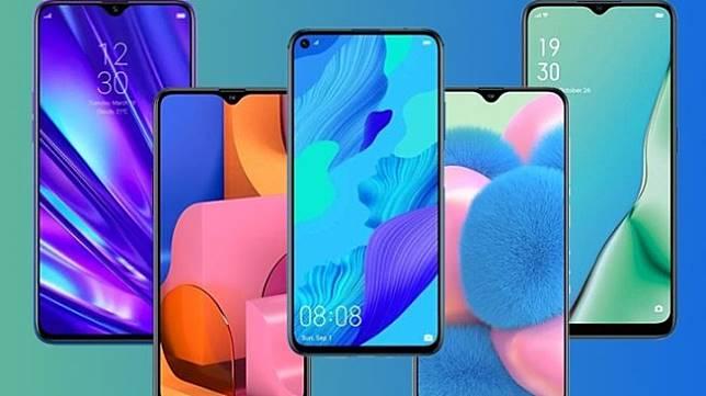 Ilustrasi jajaran smartphone. (HiTekno.com)