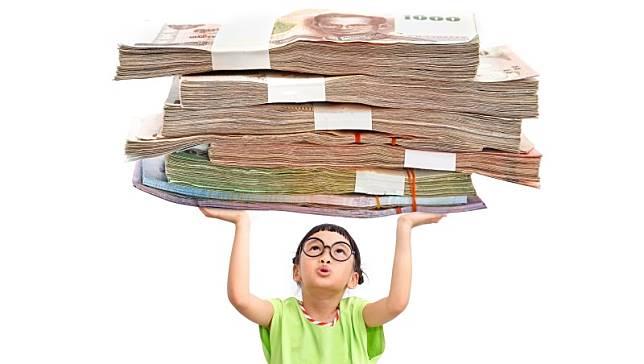 ETF人人都說好,該投資嗎?艾蜜莉分享,一張表快速找出投資屬性!