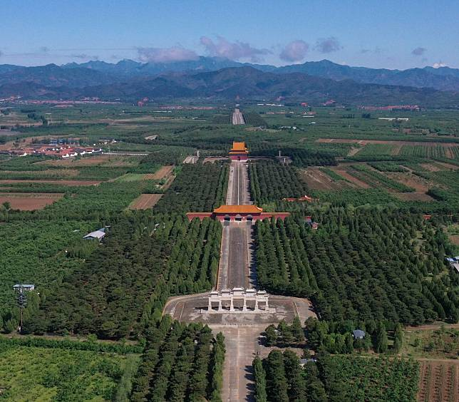 ยล 'สุสานหลวงราชวงศ์ชิง' ในถังซาน
