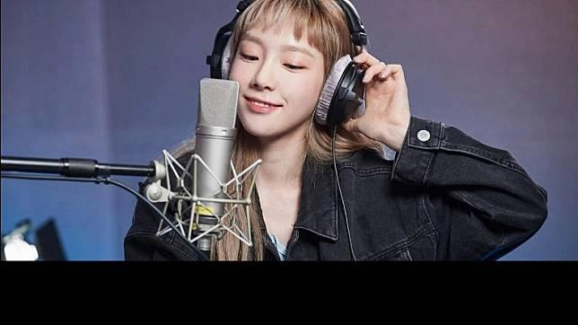 韓文版《Into The Unknown》由太妍主唱,Fans話係視聽覺雙重享受。(互聯網)