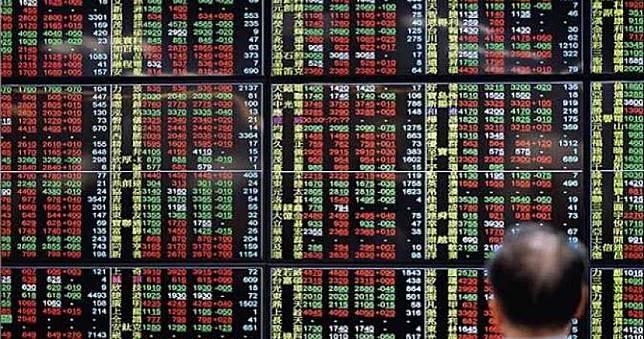 外資賣超332億 金融風暴後單日交易第六大
