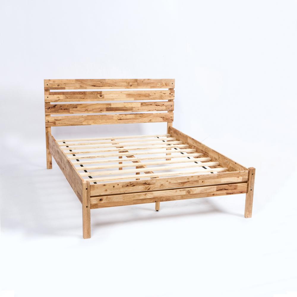 ‧橡膠木材質,堅固耐用。 ‧原木色澤點綴臥室視覺空間美感。 ‧簡約設計呈現出輕盈樸色居家感受。