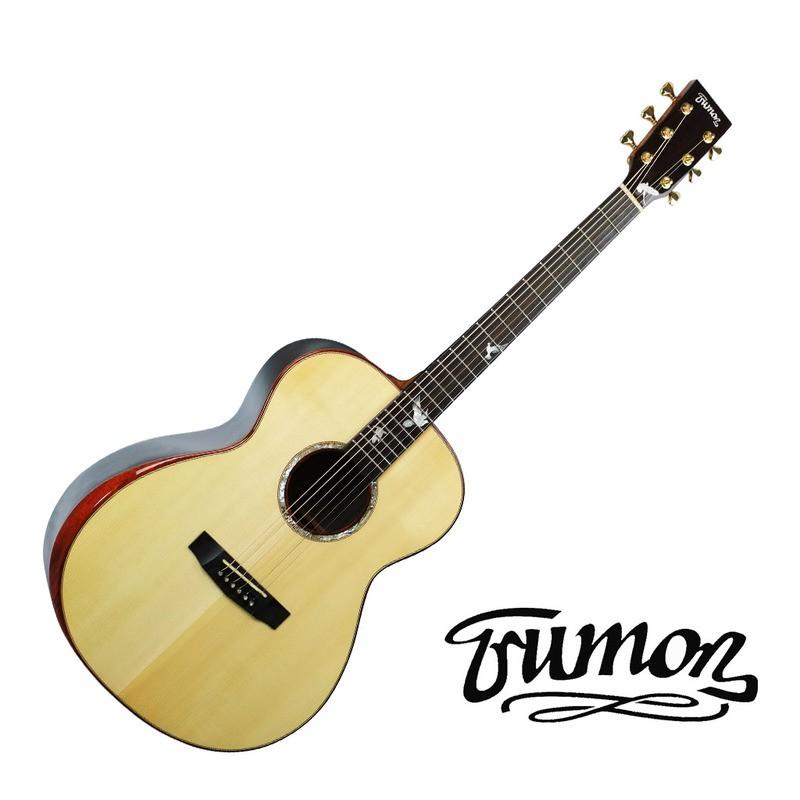 TrumonTrumon的名字源自1998年美國的一部傳奇电影《楚門的世界》,直譯就是真實的自我。每個人内心都有一個追求自我的渴望,不甘於現實的束缚,就如同Trumon對一首好的音樂,一把好琴的偏執追