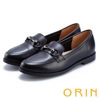 經典款式、手縫鞋面 全真皮打造,做工細緻 馬銜釦 時尚加成 尺寸正常,選購前請確認尺寸資訊