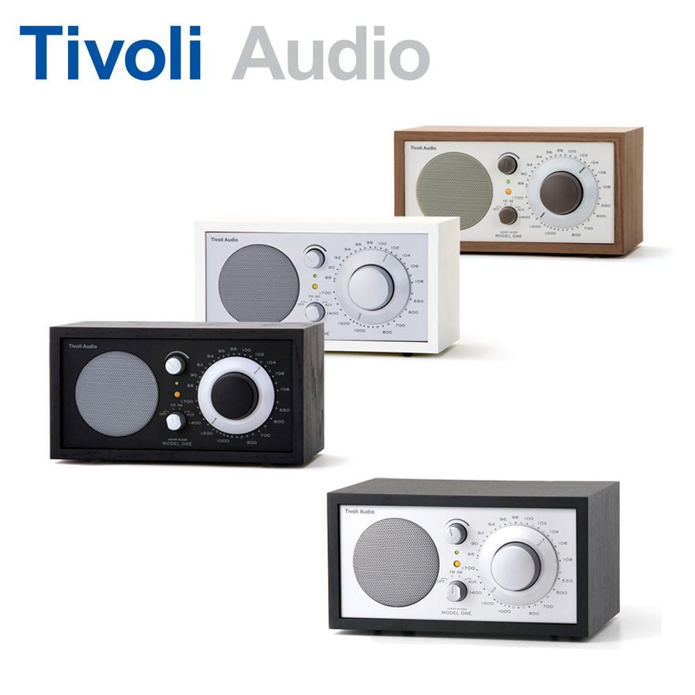 """其3英吋全音域單體所呈現的是清晰透澈的音質與扎實的低音. Elle 形容 """" Model One 桌上收音機的音質是真正的Hi-Fi 享受"""" Tivoli Model One 桌上型收音機喇叭讓您不僅"""