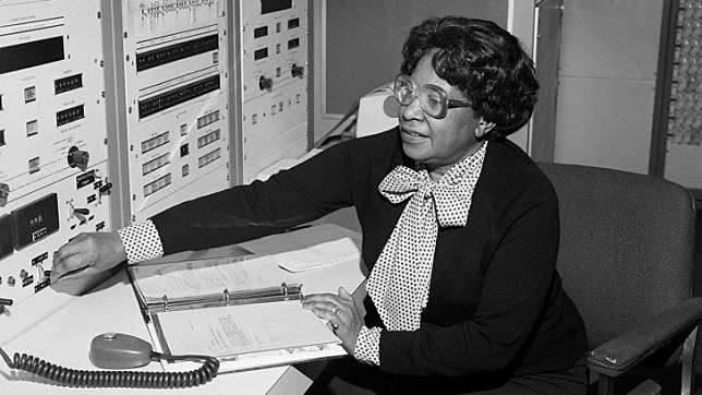 ตลอดประวัติศาสตร์อันยาวนานของรางวัลโนเบล ยังไม่เคยมีนักวิทยาศาสตร์ผิวสีได้รับรางวัล...