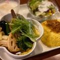 チキン - 実際訪問したユーザーが直接撮影して投稿した新宿カレー東京ドミニカの写真のメニュー情報