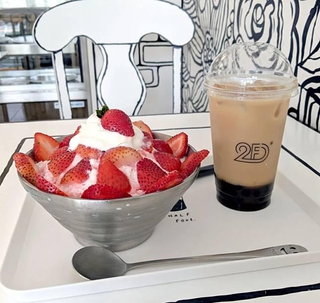 店內除了有輕食甜點可吃,Cafe也有珍珠奶茶賣(互聯網)