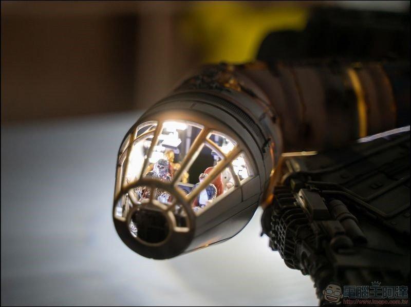 千年鷹號 Millennium Falcon 1:1 模型開箱 - 19