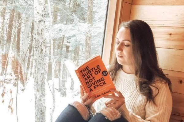 Gak Bikin Ngantuk, Ini 8 Buku Non-Fiksi yang Asyik Dibaca