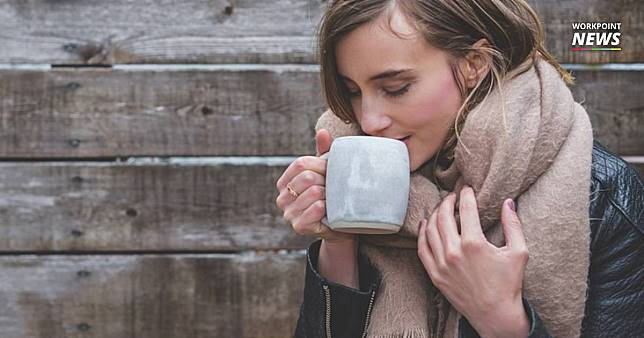 """กรมอนามัย แนะ """"กินน้ำอุ่น"""" อากาศหนาวทำสุขภาพแย่ คอแห้งบ่อยเสี่ยงเป็นหวัด"""
