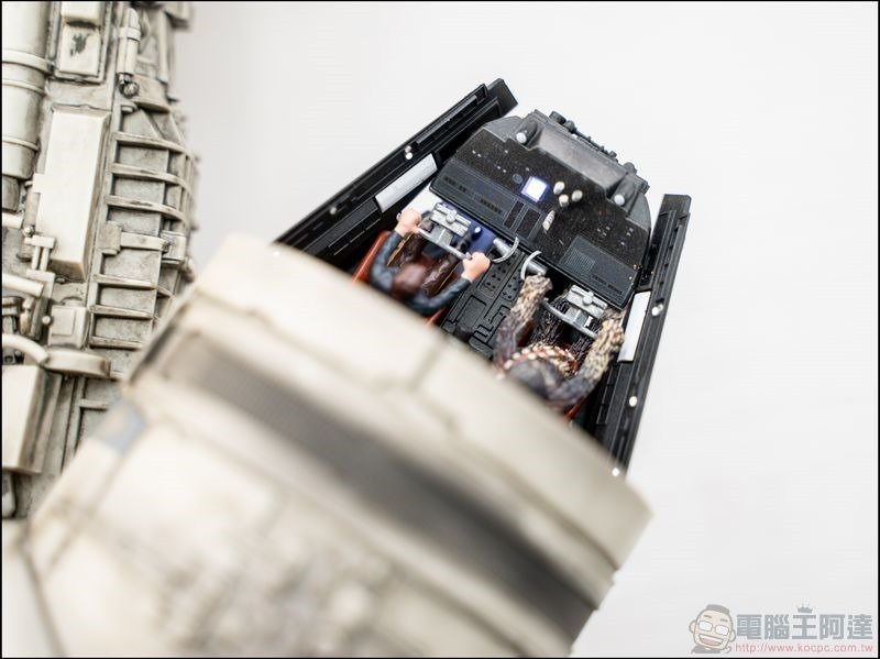 千年鷹號 Millennium Falcon 1:1 模型開箱 - 06