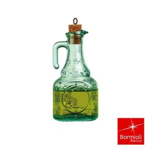 堅持義大利設計製造 引領全球玻璃工業發展 餐飲系列 實用美學兼具 復古系列搭配典雅玻璃花紋 瓶口小容易控制傾倒油量